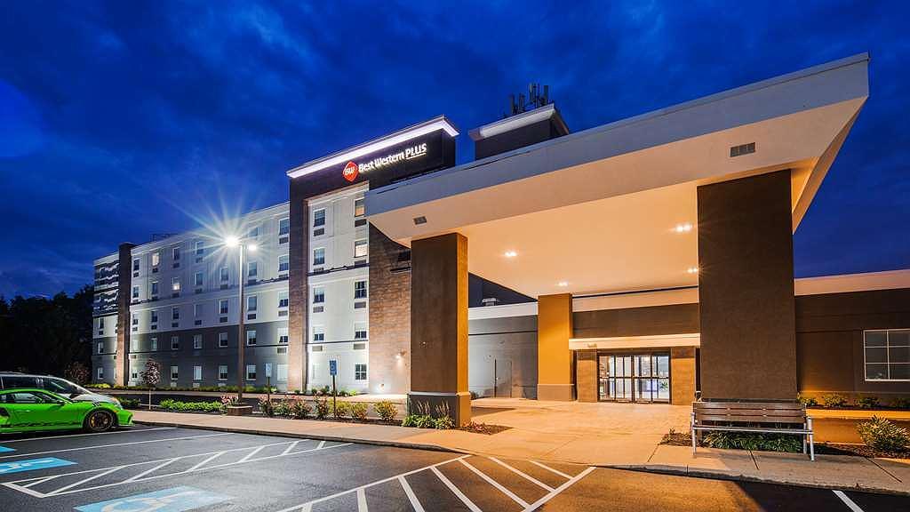 Best Western Plus Wilkes Barre-Scranton Airport Hotel - Facciata dell'albergo