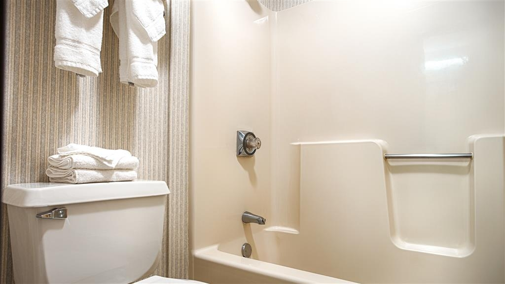 Best Western Airport Inn - Baño