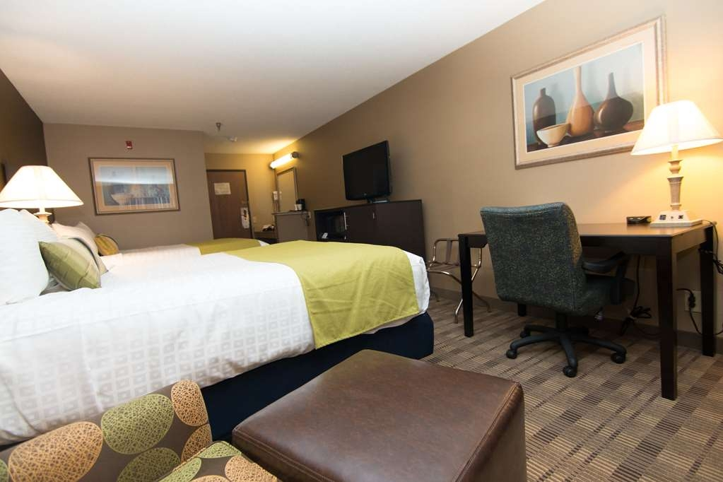 Best Western Airport Inn - Two Queen Room