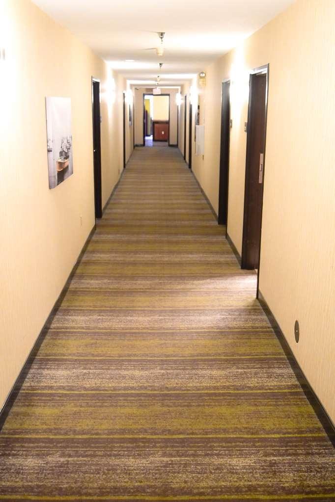 Best Western Airport Inn - Hall