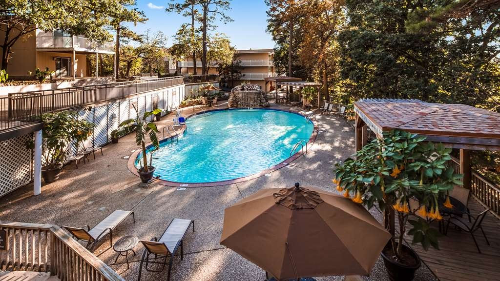 Best Western Inn of the Ozarks - Piscina