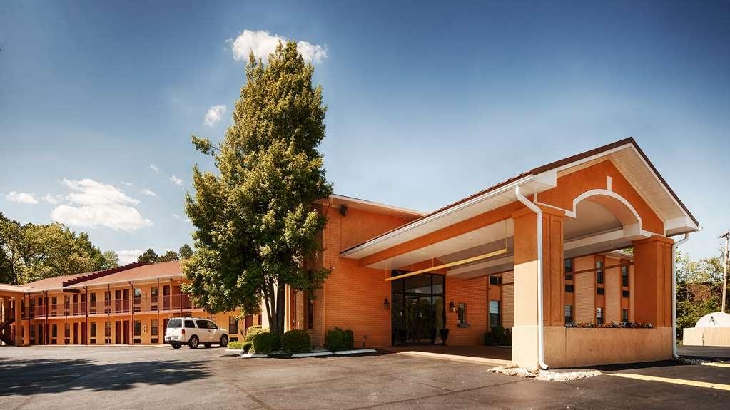 Best Western Benton Inn - Außenansicht