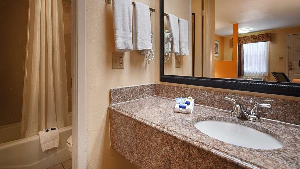 Best Western Benton Inn - Badezimmer