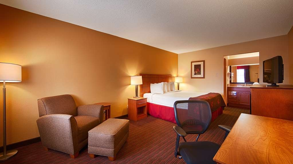 Best Western Inn - We have a variety of king rooms from standard to mobility accessible to rooms with 1 king and 1 queen bed.