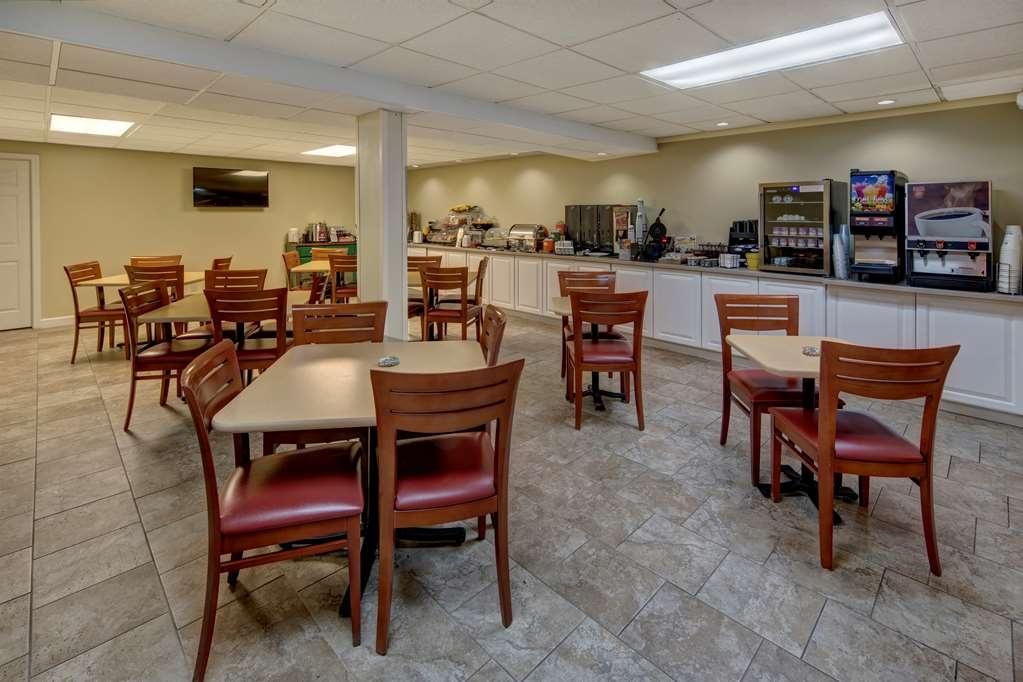 Best Western Inn - Le petit déjeuner buffet