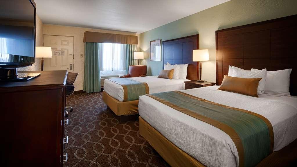 Best Western Hillside Inn - Habitaciones/Alojamientos