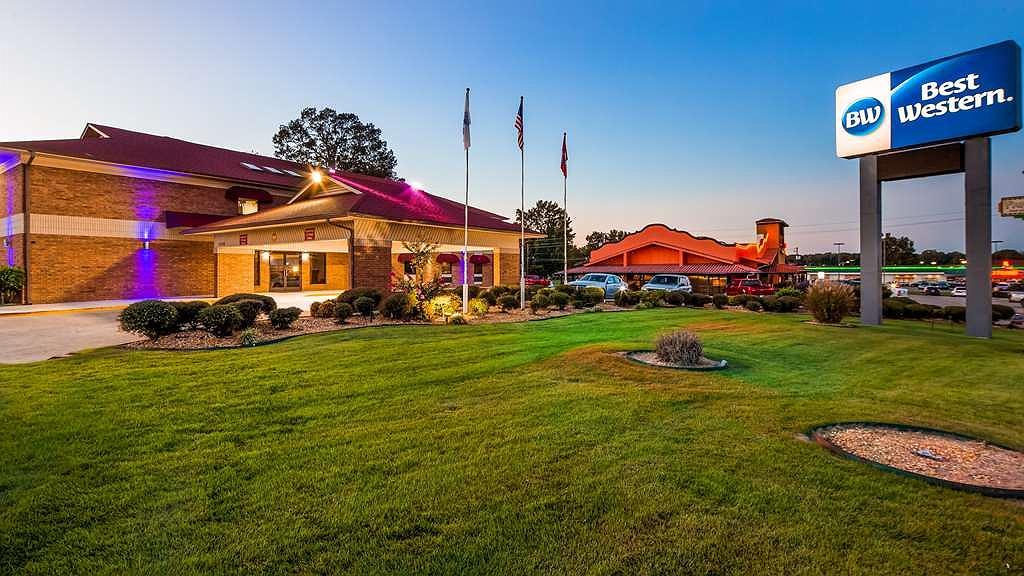 Best Western Jacksonville Inn - Vista exterior