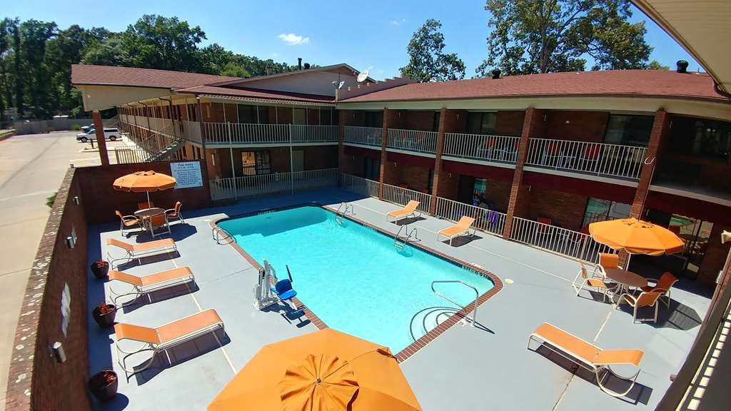 Best Western Jacksonville Inn - POOL