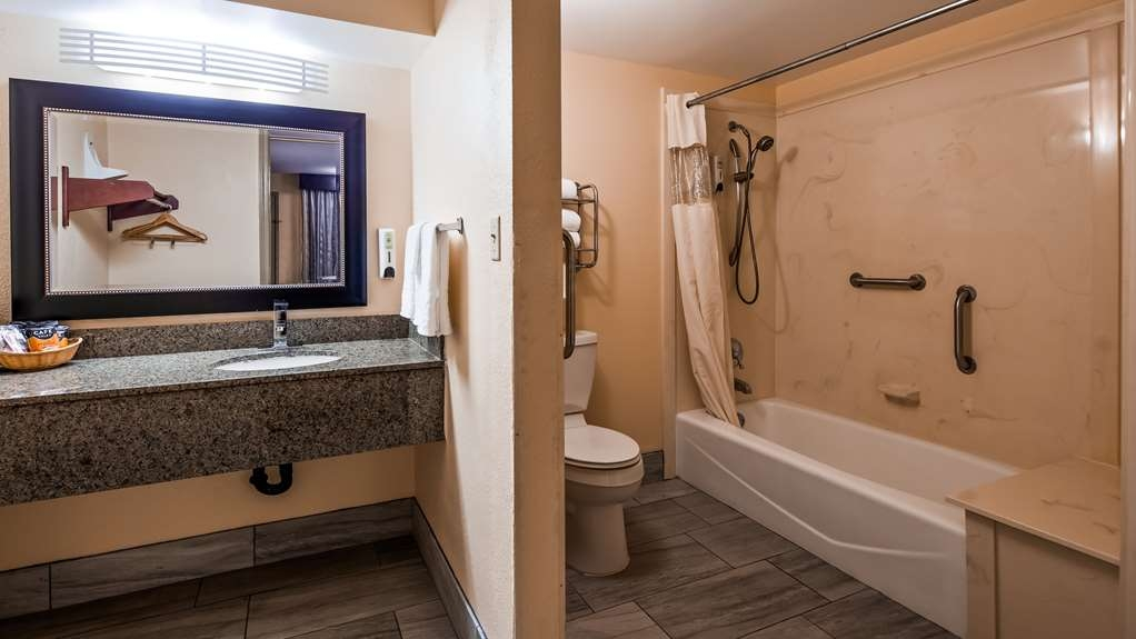 Best Western Jacksonville Inn - Gästezimmer/ Unterkünfte
