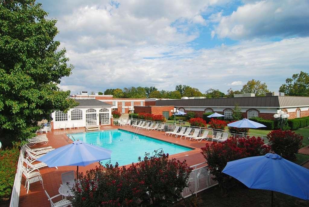 Best Western Eureka Inn - Vista de la piscina