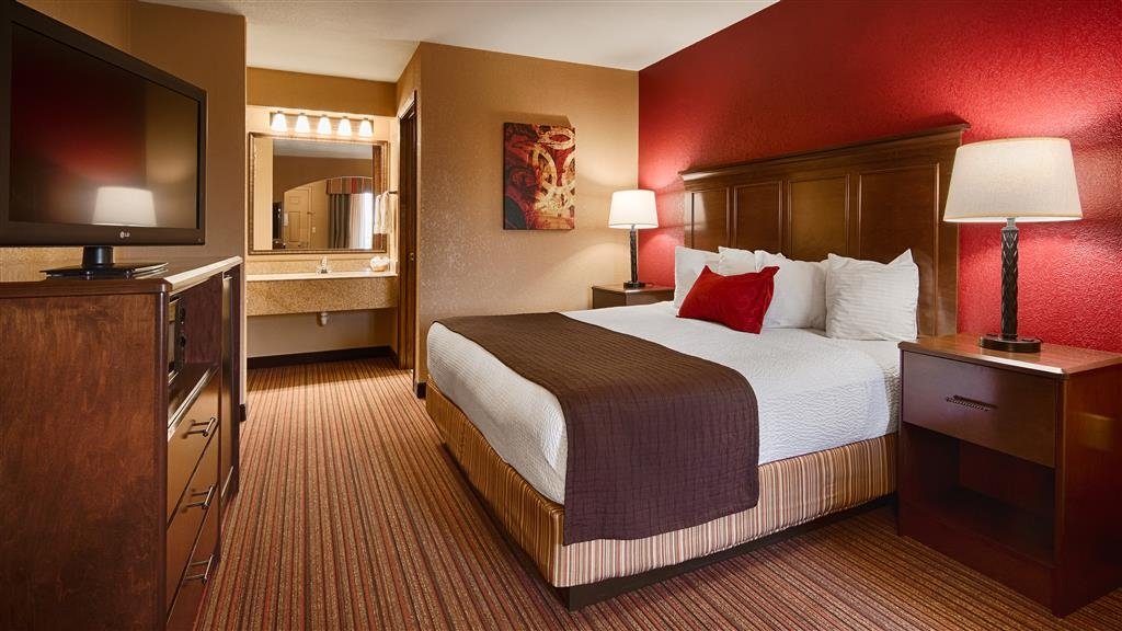 Best Western Inn - We offer a variety of king rooms from standard to mobility accessible.