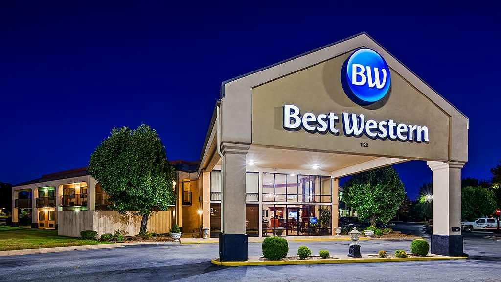 Best Western Windsor Suites - Aussenansicht