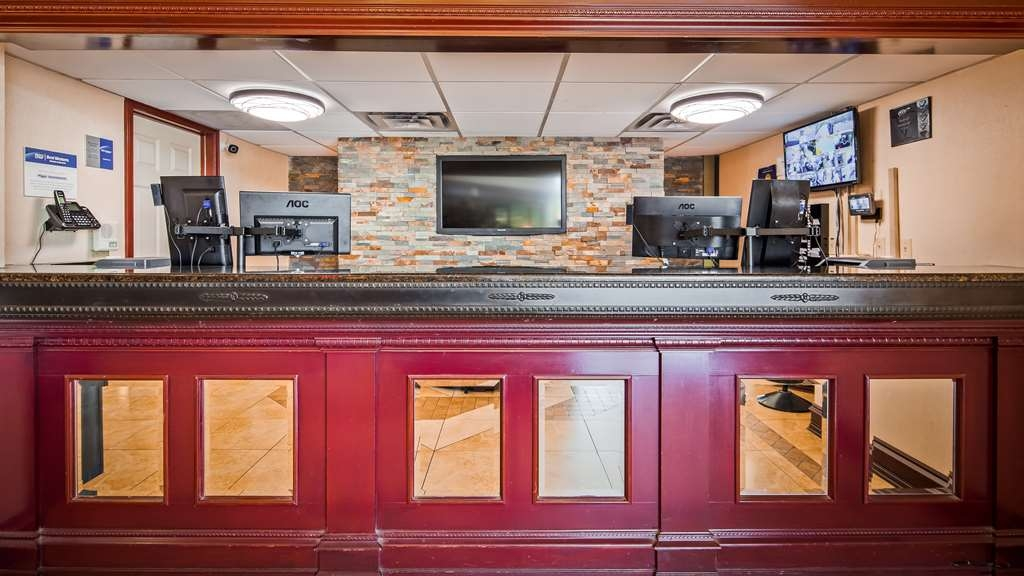 Best Western Windsor Suites - Vue du lobby
