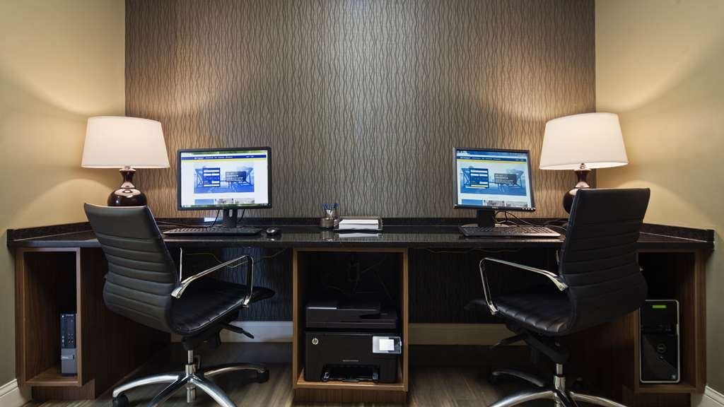 Best Western Charleston Inn - Whether you need to catch up on email or finish that special project you're working on, our business center has got you covered.