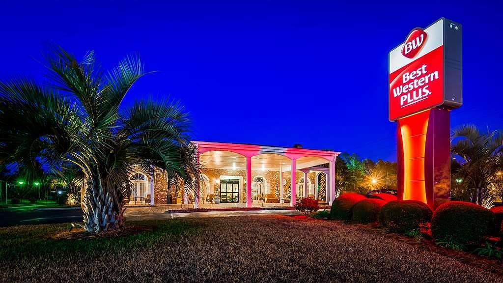 Best Western Plus Santee Inn - Exterior Night