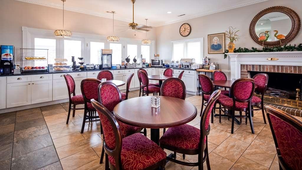 Best Western Plus Santee Inn - Breakfast Area