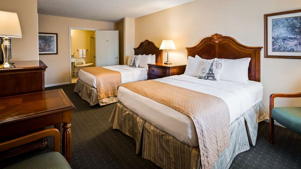Best Western Plus Santee Inn - Guest Room