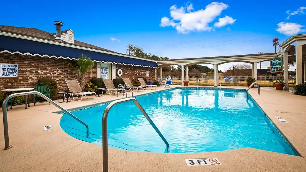Best Western Plus Santee Inn - Vista de la piscina