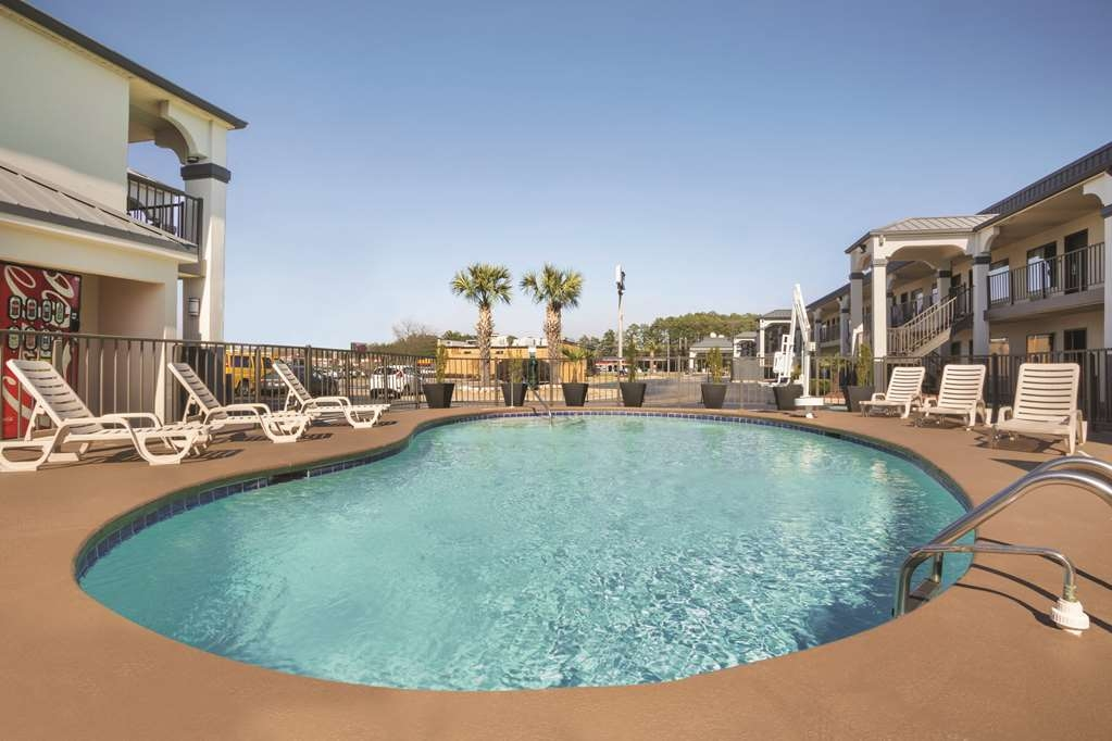 Best Western Inn - Take a refreshing dip in our outdoor pool.