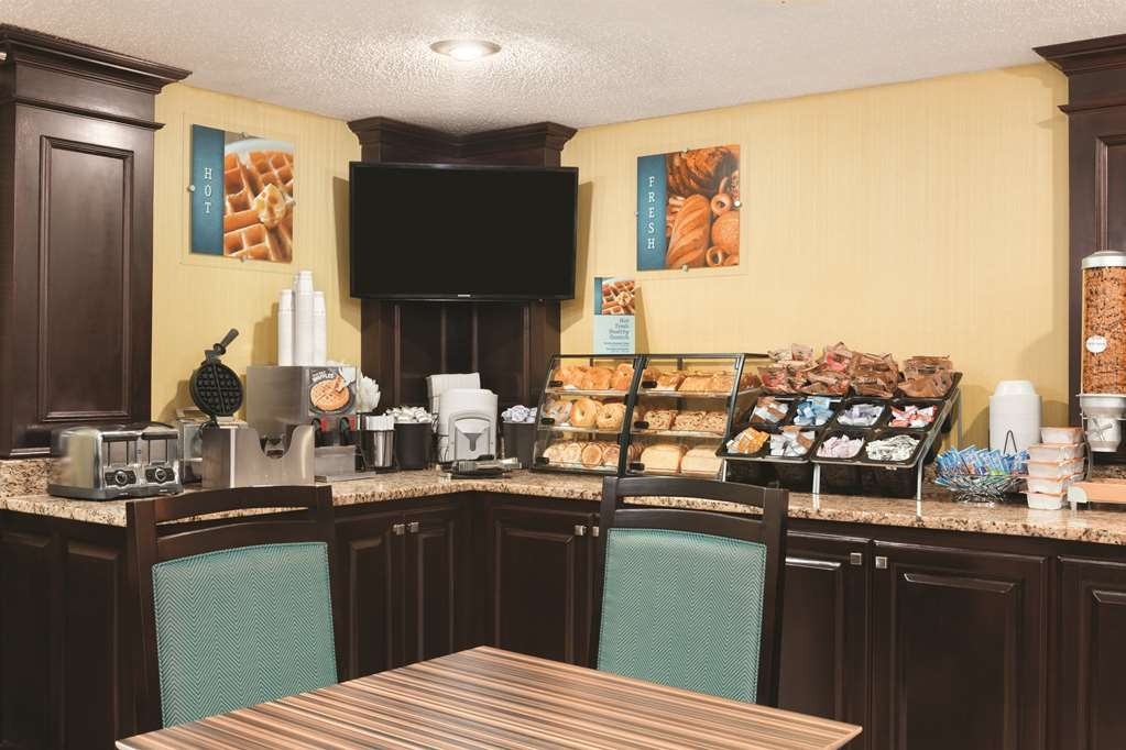 Best Western Inn - Kick-start your morning with a complimentary hot breakfast at the Best Western Inn.