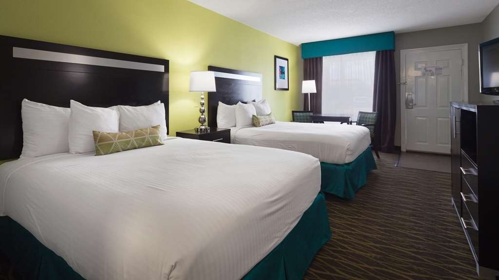 Best Western Inn - If you're looking for a little extra space to stretch out and relax, book one of our two queen guest rooms.