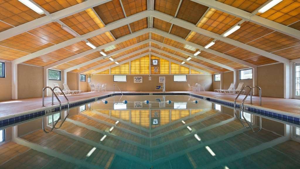 Best Western Point South - Vista de la piscina