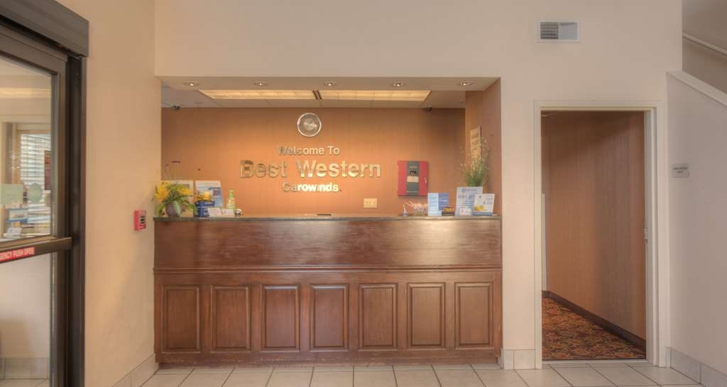 Best Western Carowinds - Be greeted with a smile at our Front Desk Area