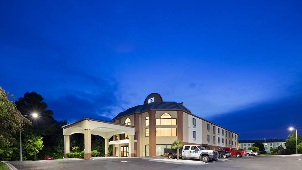 Best Western Carowinds - Facciata dell'albergo