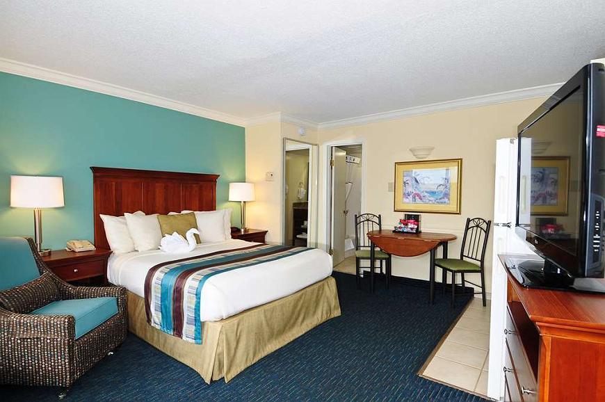 Magnificent Hotel In Myrtle Beach Best Western Plus Grand Strand Inn Creativecarmelina Interior Chair Design Creativecarmelinacom