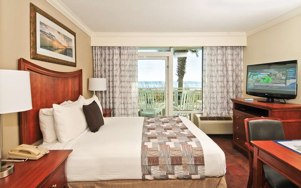 Best Western Plus Grand Strand Inn & Suites - Oceanfront Single King Efficiency