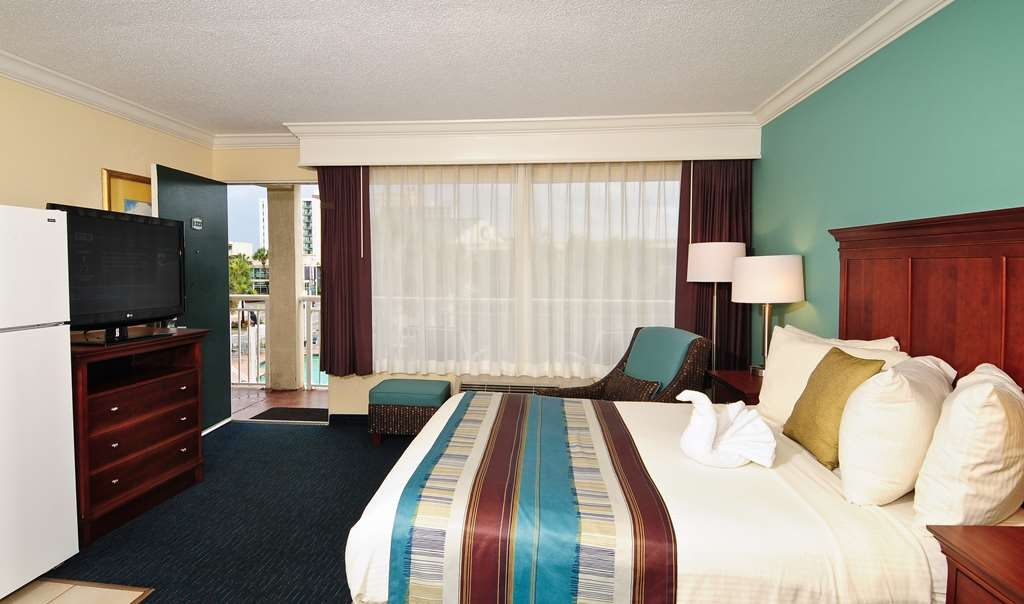 Best Western Plus Grand Strand Inn & Suites - Two Queen Beds Main Building. No view.