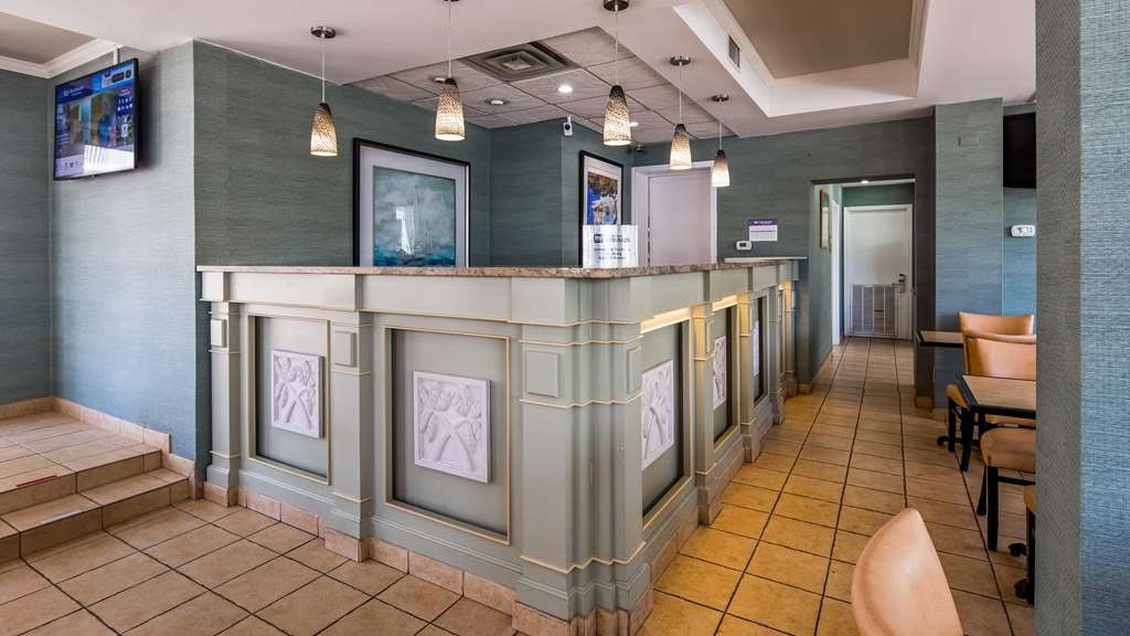 Hotel in Myrtle Beach | Best Western Plus Grand Strand Inn & Suites