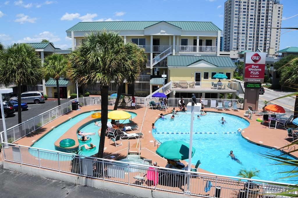 Best Western Plus Grand Strand Inn & Suites - Come enjoy our 9-foot deep outdoor pool!