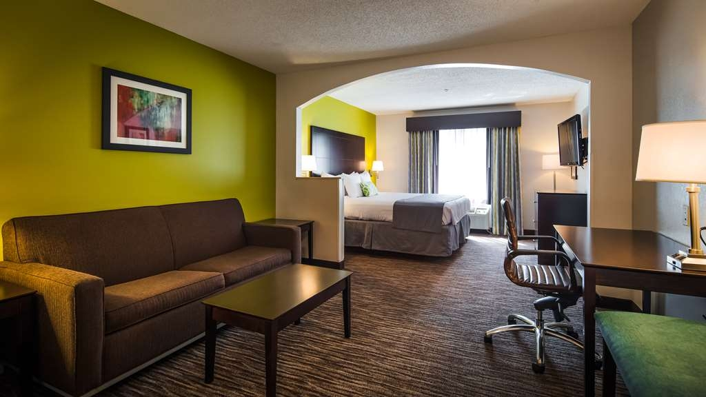 Best Western Magnolia Inn and Suites - Upgrade yourself to our king suites for added comfort during your stay.