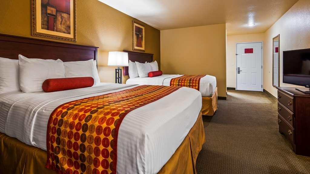 Best Western Sherwood Inn & Suites - Guest Room