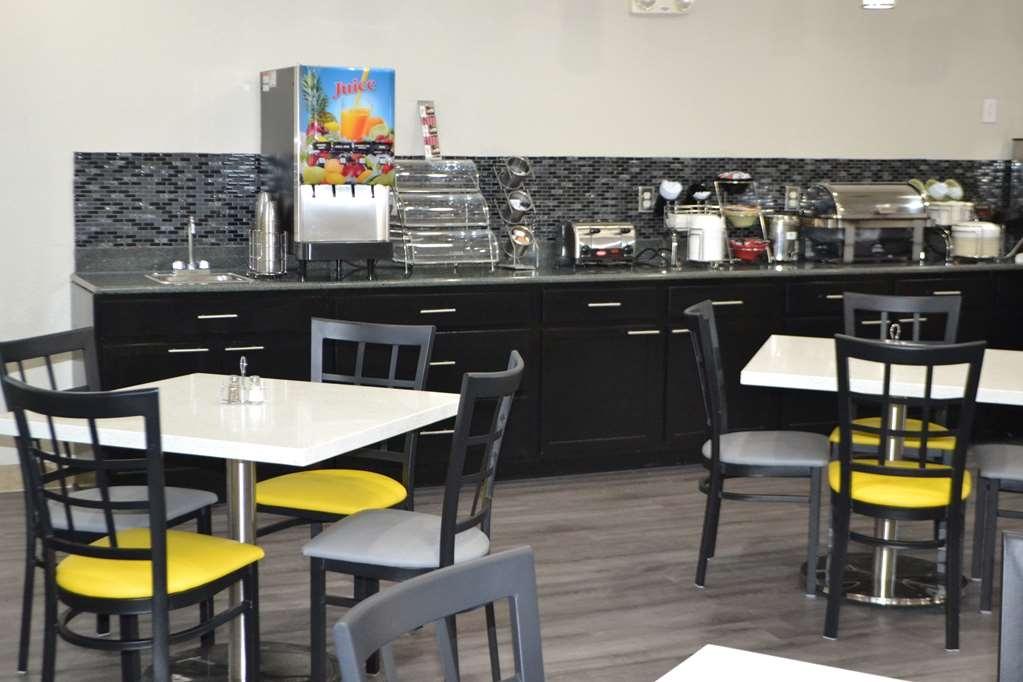 Best Western Sherwood Inn & Suites - Breakfast Bar