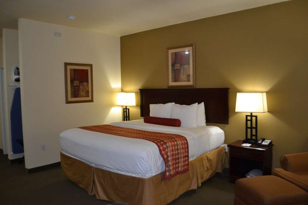 Best Western Sherwood Inn & Suites - We offer a variety of king rooms from standard to mobility accessible to suites with wetbars and suites with whirlpools.