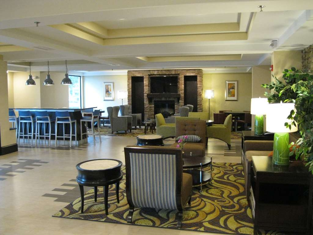 Best Western Plus Columbia North East - Hotel Lobby