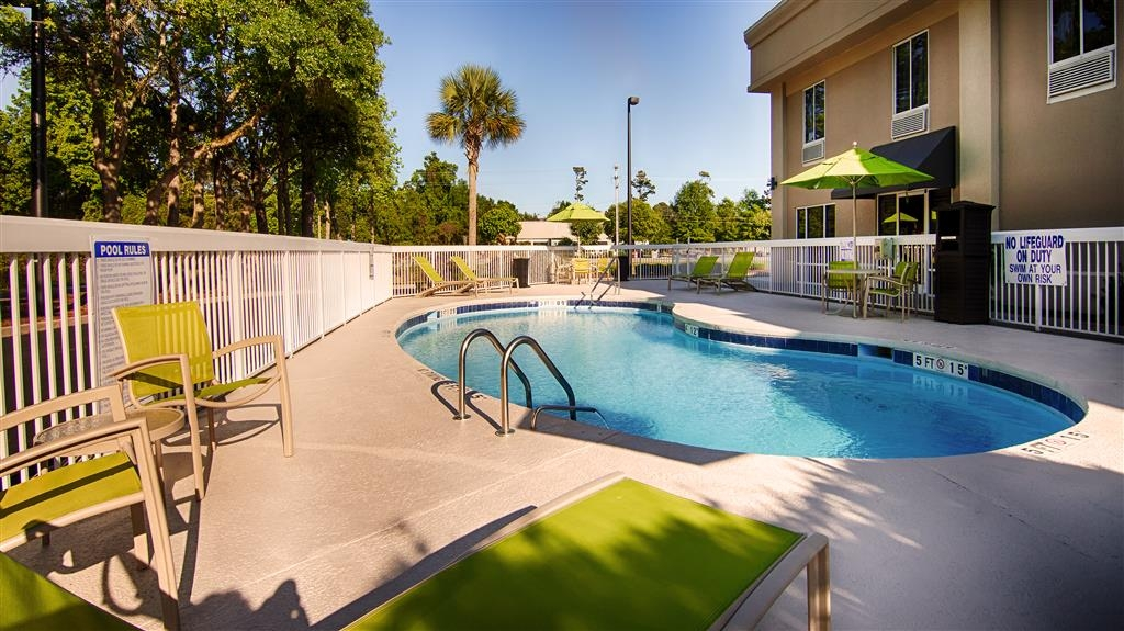 Best Western Pawleys Island - Piscina