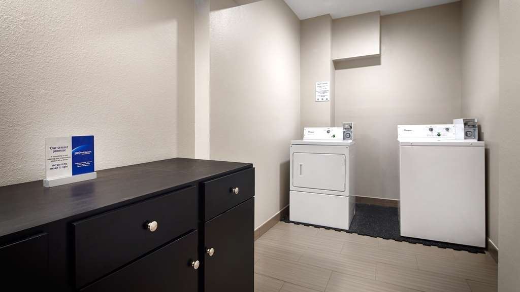 Best Western Plus Hardeeville Inn & Suites - Laundry Facilities