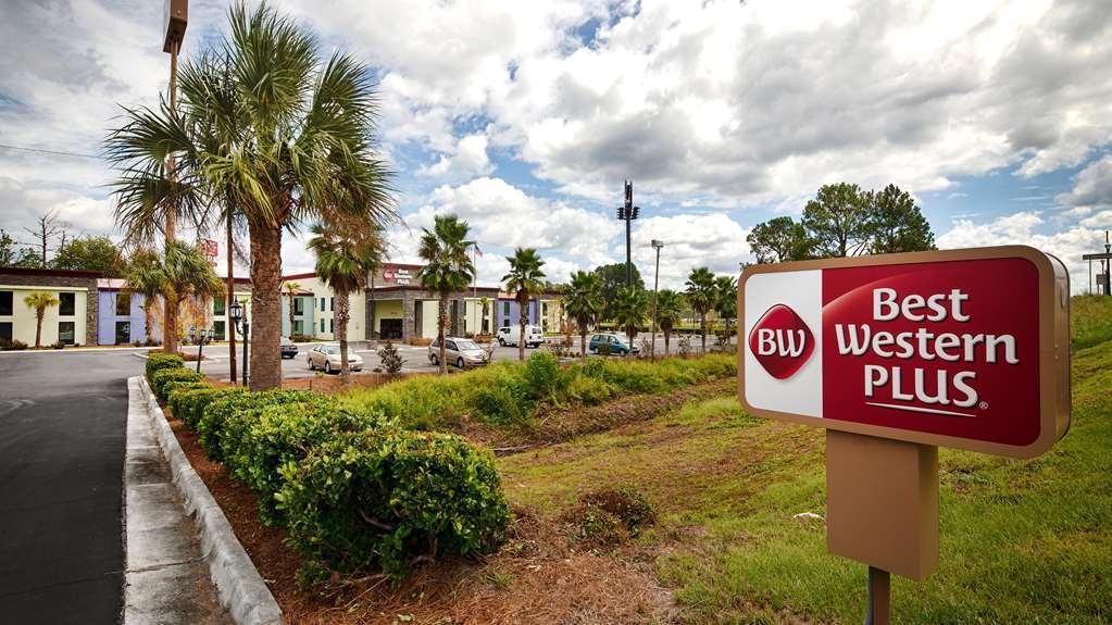 Best Western Plus Hardeeville Inn & Suites - Vista Exterior