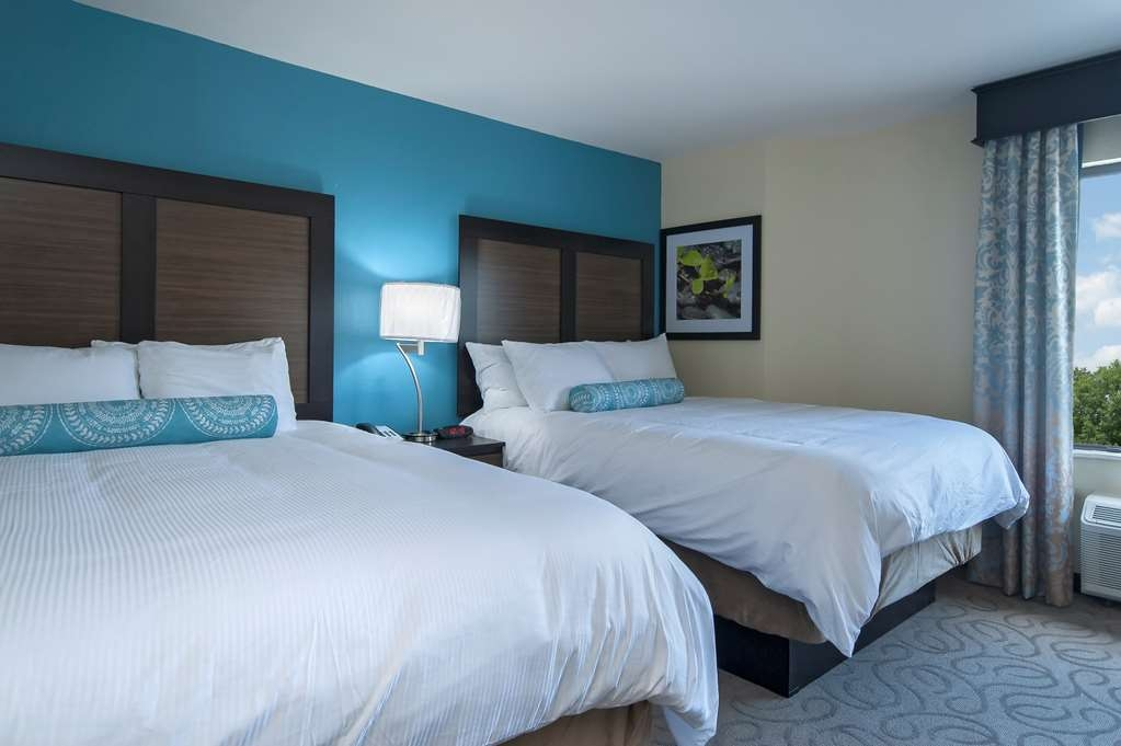 Best Western Travelers Rest/Greenville - Our guest rooms boast stylish décor, distinctive luxuries and flexible functionality.