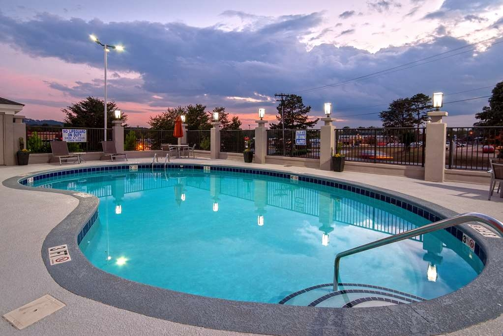 Best Western Travelers Rest/Greenville - Poolansicht