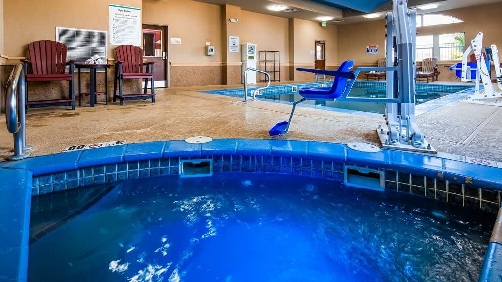 Best Western Plus JFK Inn & Suites - Poolansicht