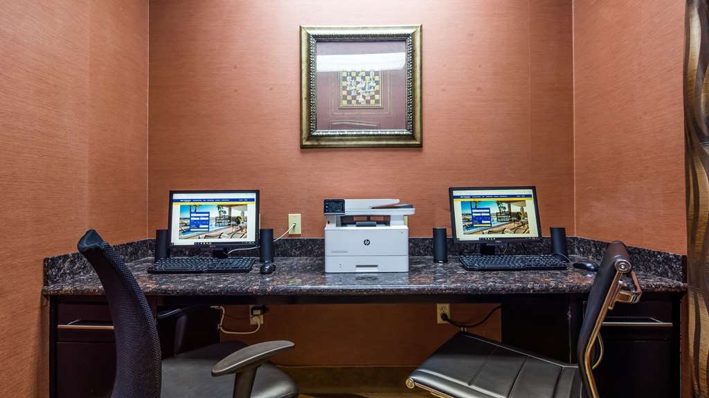 Best Western Plus JFK Inn & Suites - Business center