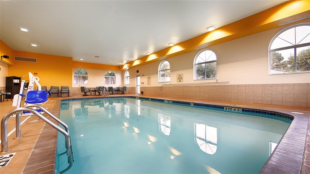 Best Western Plus Searcy Inn - Swimmingpool