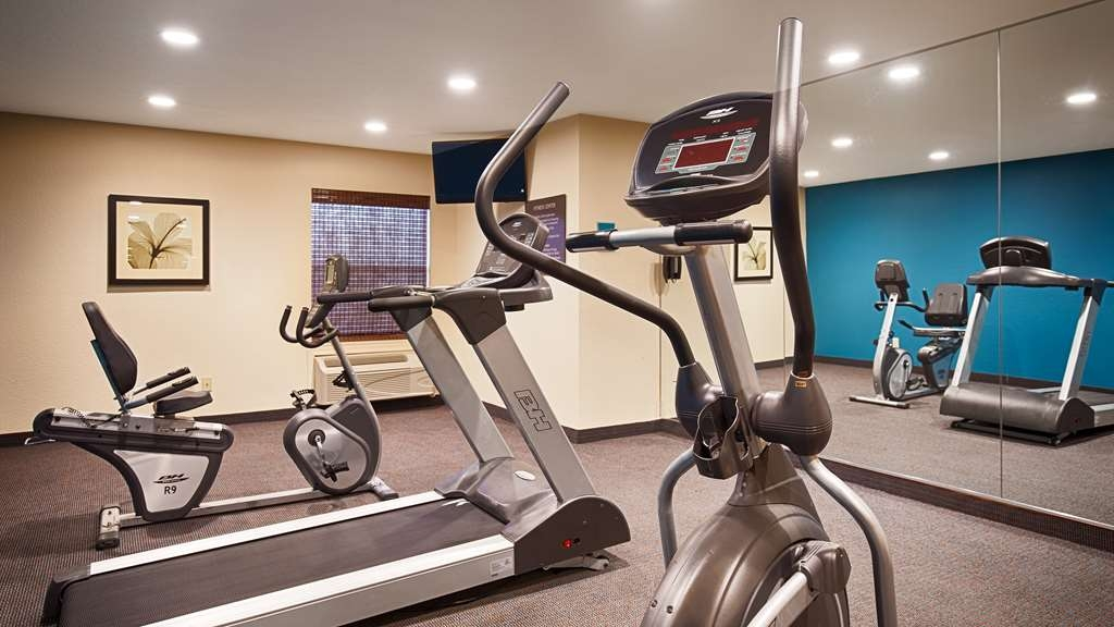 Best Western Plus Lonoke Hotel - Stay active in our 24-hour fitness center.