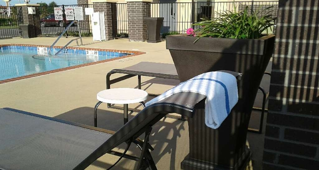 Best Western Plus Jonesboro Inn & Suites - After a long day of work lounge outside by the pool and read a book.