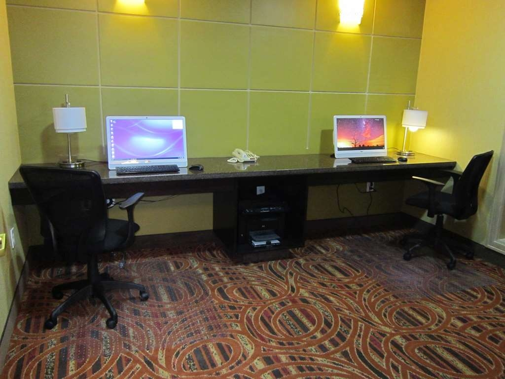 Best Western Aspen Hotel - Stay productive during your time away from home in our business center.