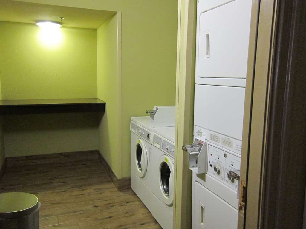 Best Western Aspen Hotel - For your convenience we can provide you with guest laundry.
